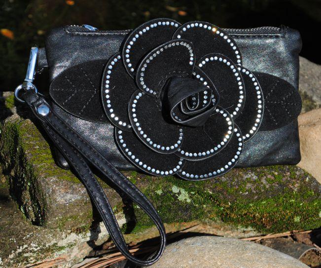 Rhinestone Flower Wrist Purse-Rhinestone flower wrist purse
