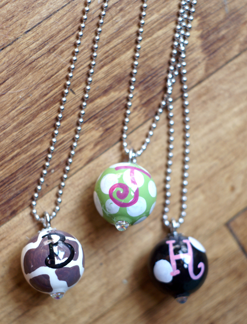 Twist necklace-Twist hand painted wooden ball necklace 18 inch