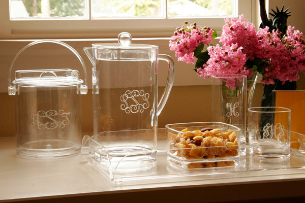 Acrylic Giftware-monogrammed acrylic glasses, heartstrings, personalized glasses, monogrammed entertaining, shakers, ice bucket, pitcher, engraved acrylic, bowl, tray with handles, serving tray, napkin holder, cheese cracker tray