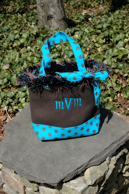 Trendy Canvas Tote-monogrammed, personalized, tote, trendy, boutique, bag, ssmonogramgifts.com, signature, stitch, gifts