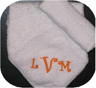 Washcloths- set of 2-monogrammed, wash, cloths, washcloths, personalized, baby, gifts